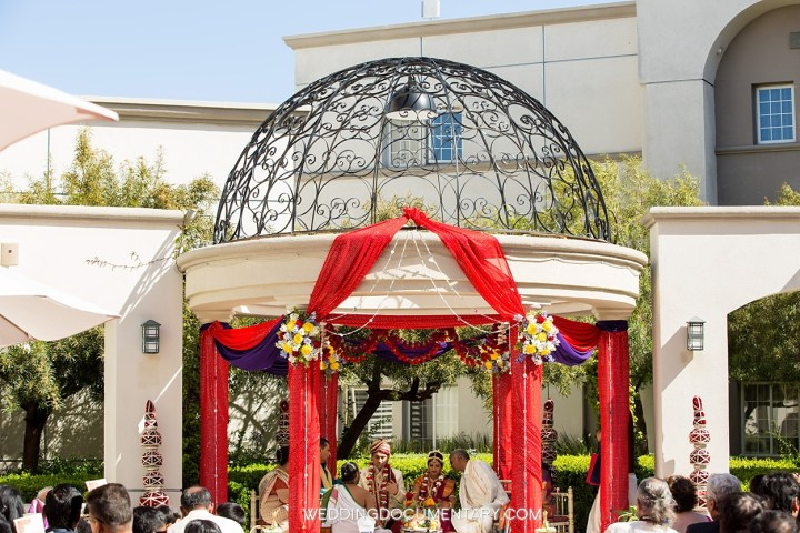 Indian wedding mandap San Mateo Marriott