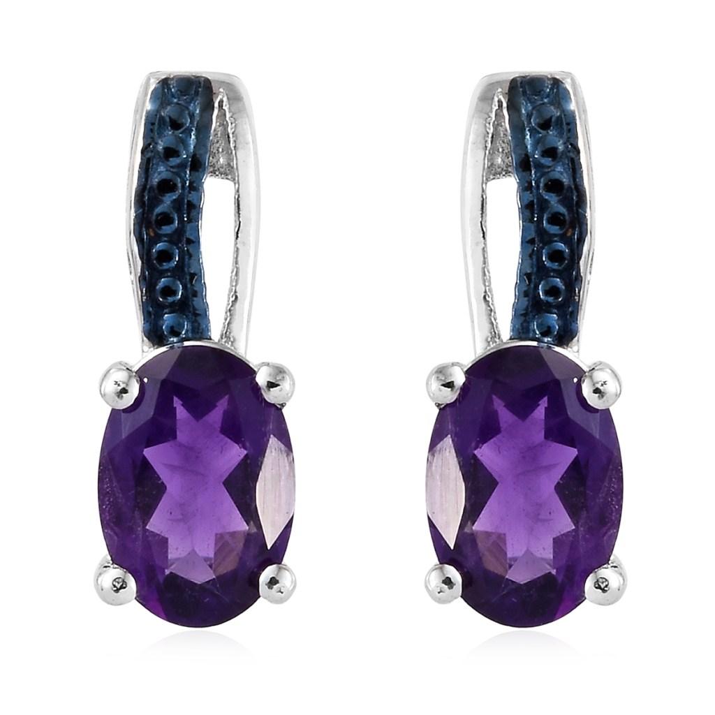 Purple elegant earring studs