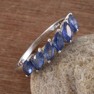 Multi stone sapphire ring in sterling silver.