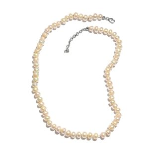 Traditional Pearl Necklace