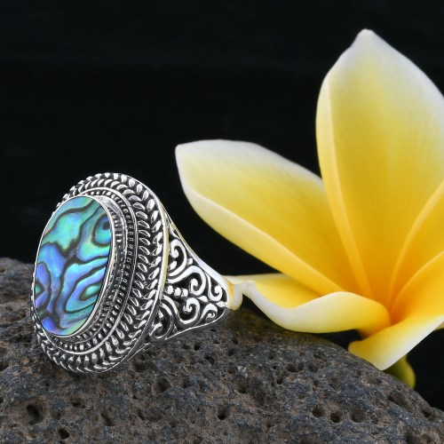 Bali Legacy Collection abalone shell ring in sterling silver.