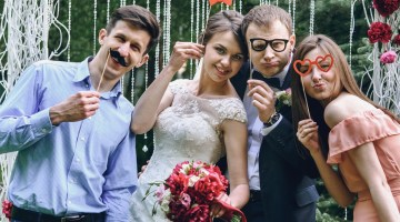 How to be the Best Wedding Guest Banner Image.