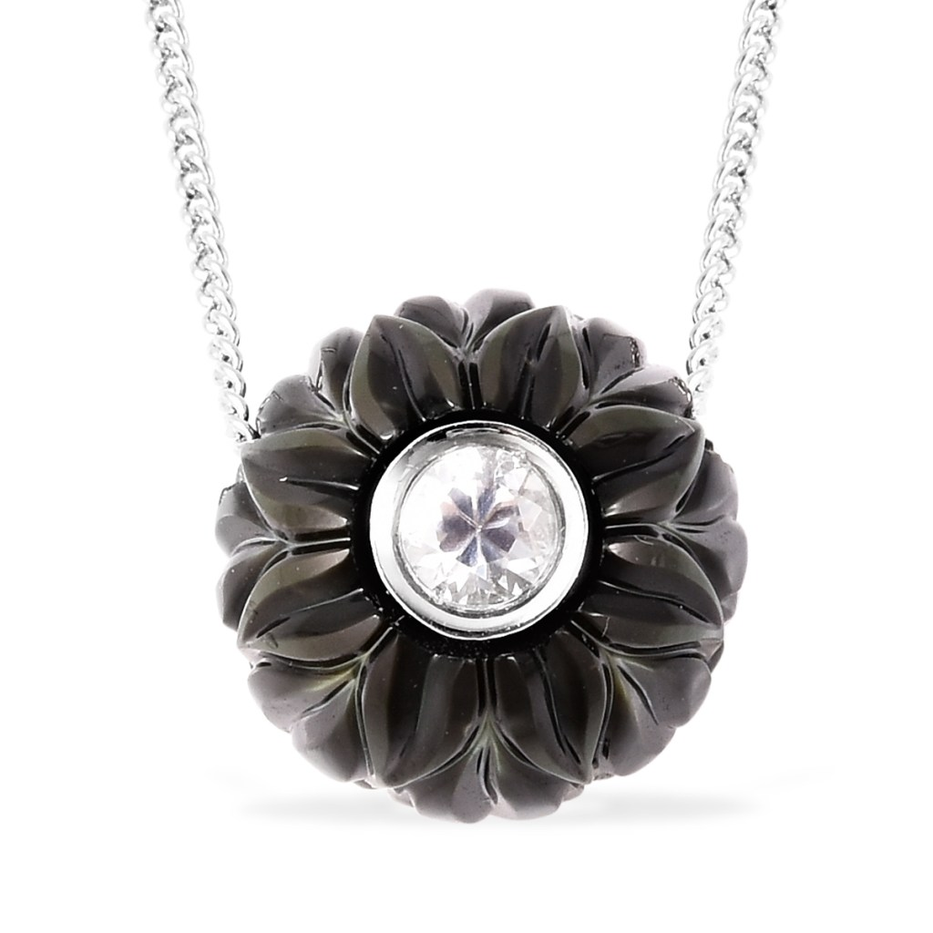 Galatea: Jewelry by Artist Diamond in a Pearl pendant necklace.