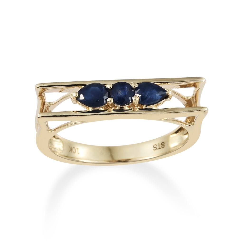 Sapphire gold ring in 10K yellow gold.