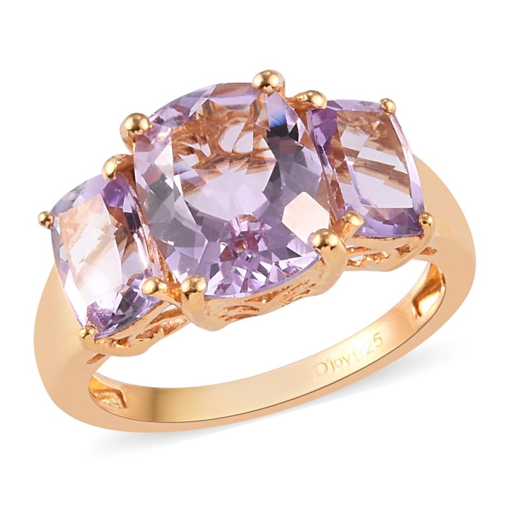 Gold amethyst ring.