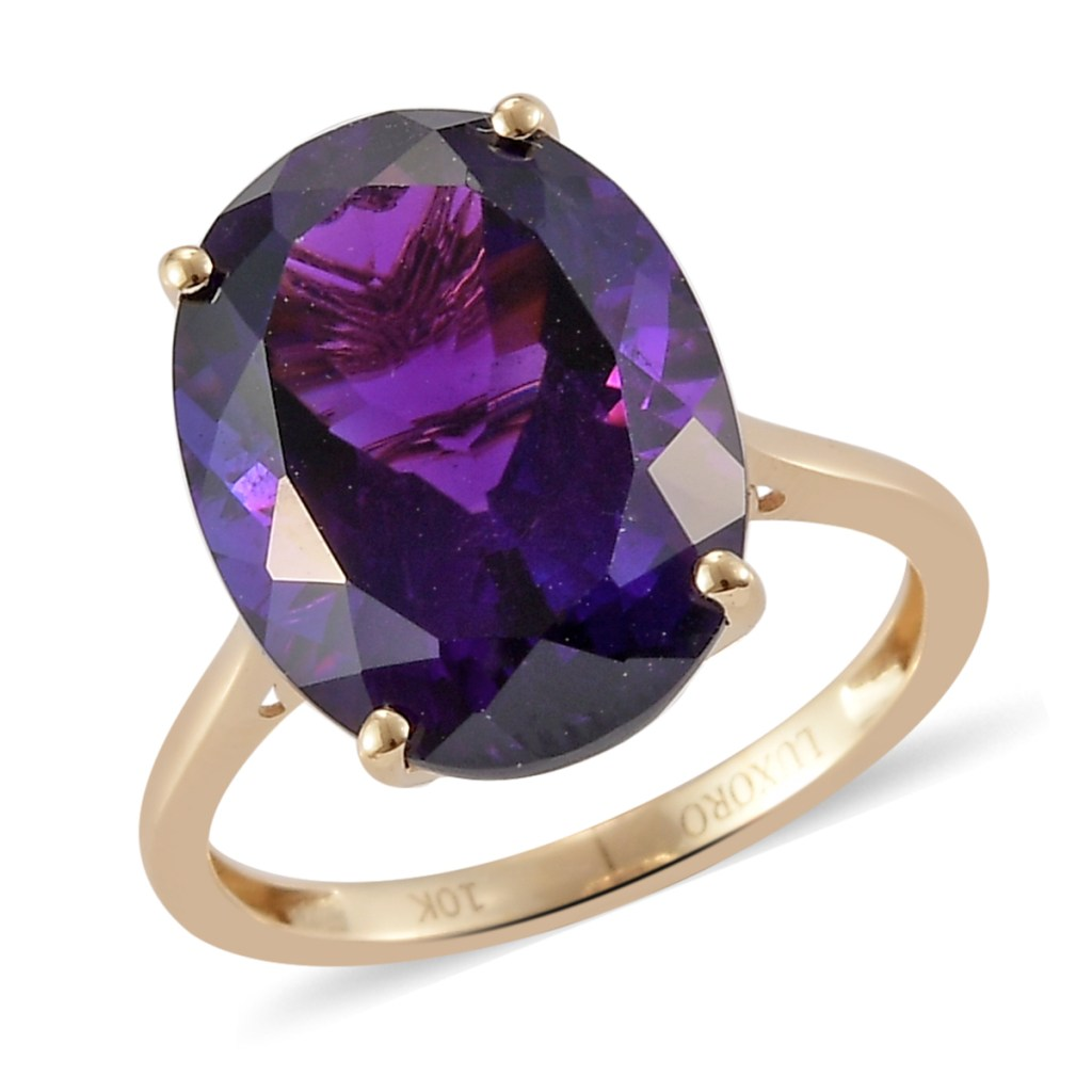 Moroccan Amethyst Solitaire Ring in 10K Yellow Gold