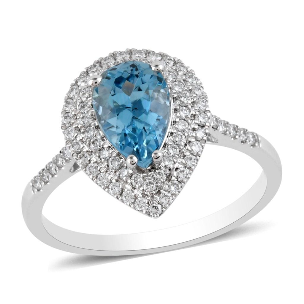 Platinum aquamarine ring in platinum.