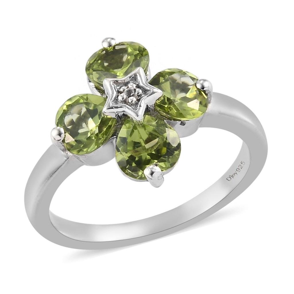 Green flower ring in sterling silver.