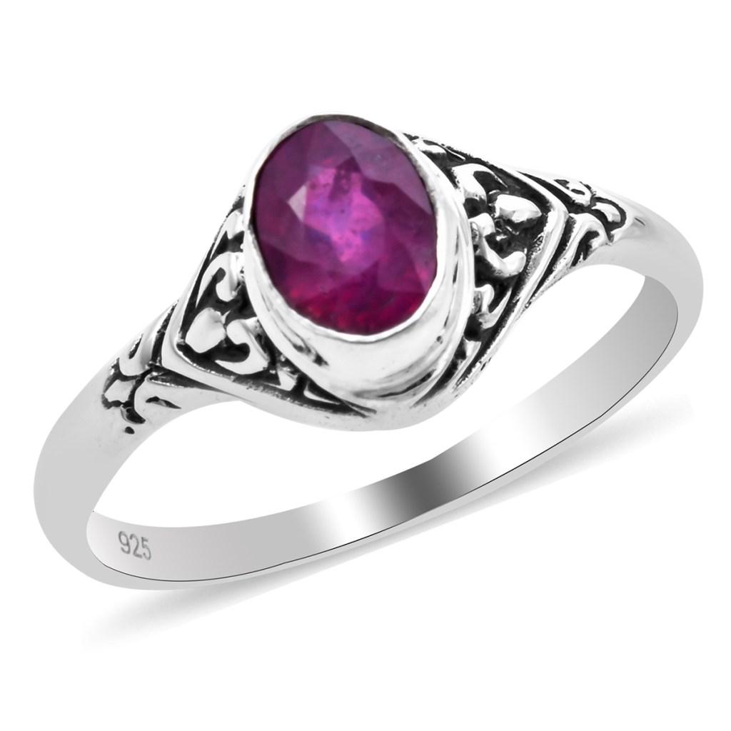 Niassa Ruby Ring in Sterling Silver