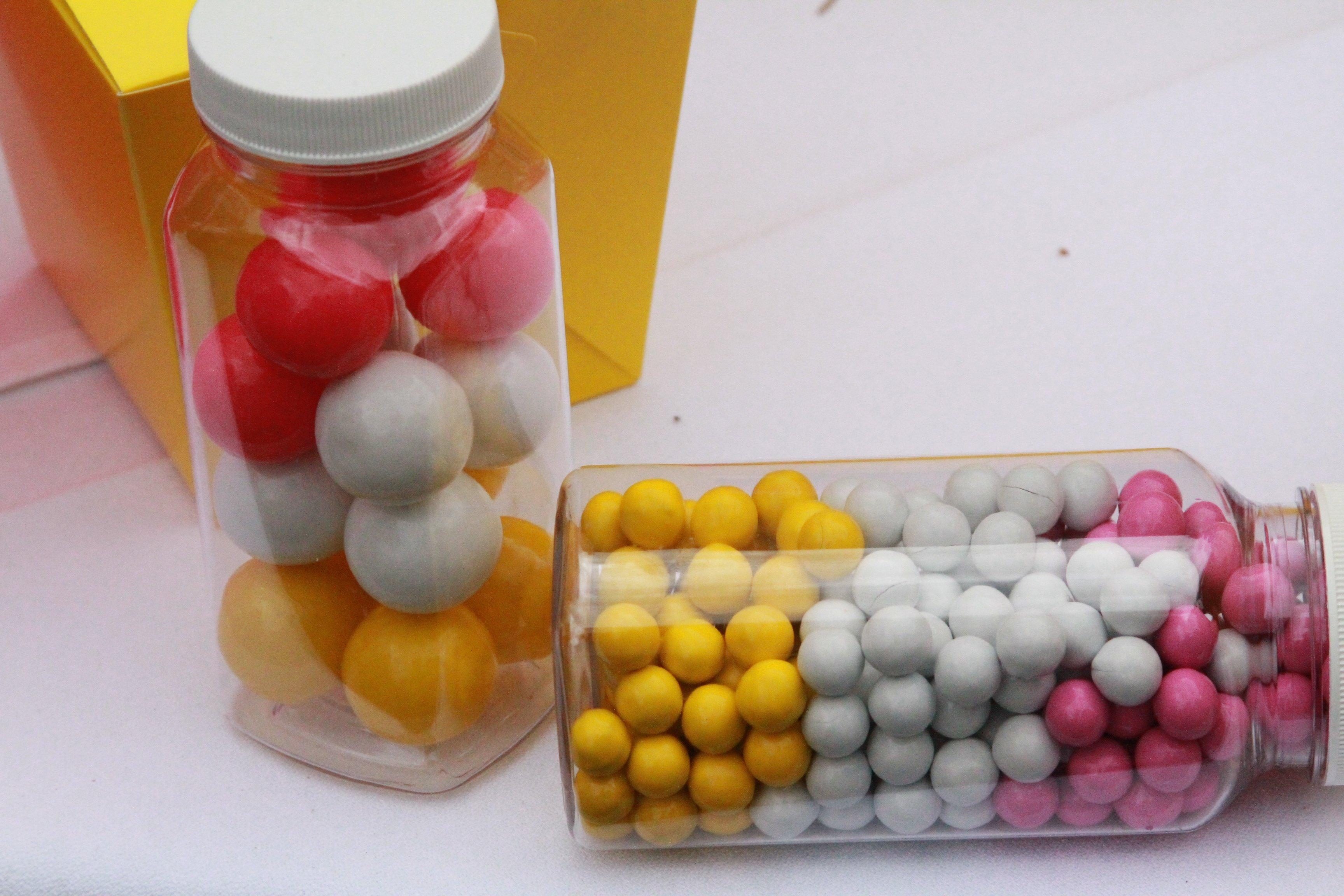 plastic mason jars where to buy plastic party bottles. Black Bedroom Furniture Sets. Home Design Ideas