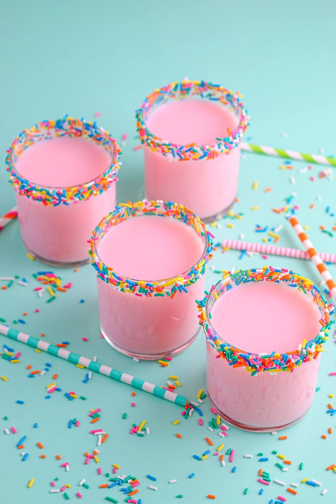 Another view of the finished sprinkle cups tutorial on how to rim glasses with sprinkles.