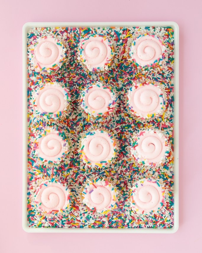 covering cupcakes with sprinkles - how much do i need?