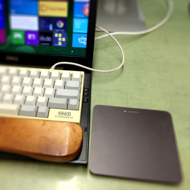 T650 を Windows ストア アプリ開発に使っているときの様子