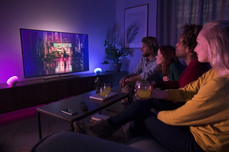 영화, 음악, 게임을 더 몰입감 있게! 스마트홈 엔터테인먼트 휴 싱크 (hue Sync) 리뷰