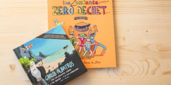 2 livres pour enfants sur le plastique