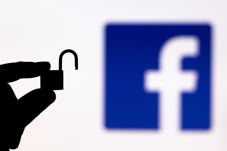 ¿Qué podemos hacer con la filtración de datos de Facebook?