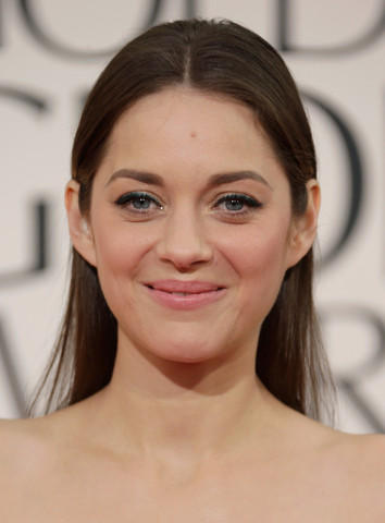 marion_cotillard_golden_globes_natural_makeup_large