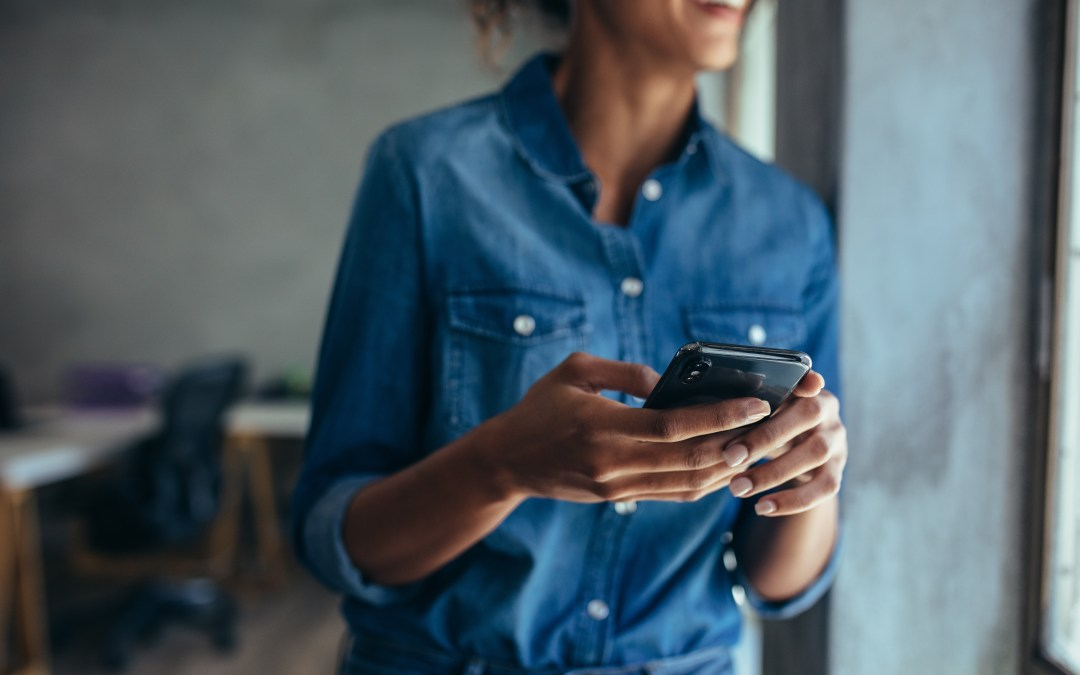 What you need to know about 10DLC and the new business text messaging standards