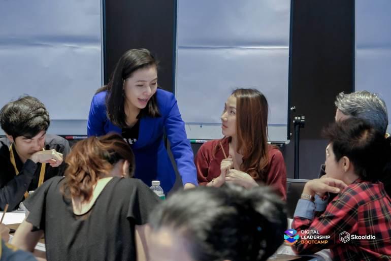 พรทิพย์ กองชุน | Skooldio Blog - ทำความรู้จักกับ Digital Leadership Bootcamp โดยคุณวิโรจน์ จิรพัฒนกุล Program Curator