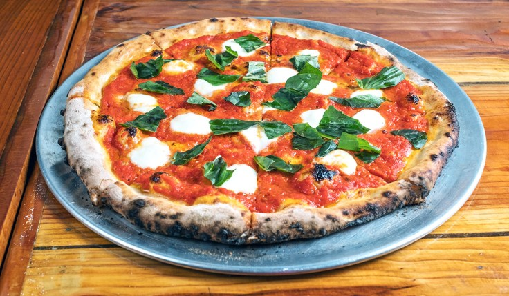 Margherita Pizza basil