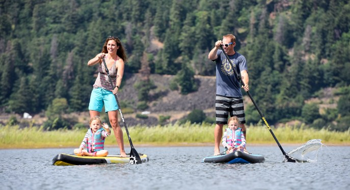 Family paddle time.