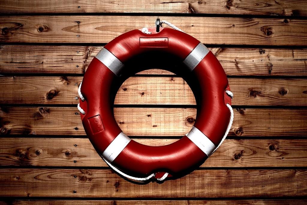 https://pixabay.com/en/lifesaver-life-buoy-safety-rescue-933560/