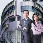 From a Bachelor in Chemistry to Joining the Big Four in Singapore