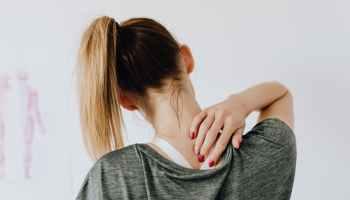 Dolor de cuello: ¿almohadas o colchón?