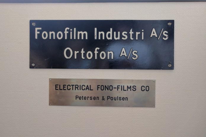 Plaque Electrical Phono-Films Compagny musée usine Ortofon