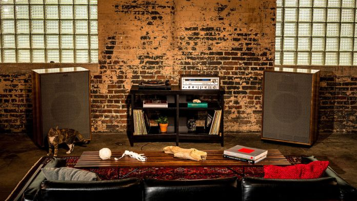 Klipsch-Cornwall-III-70th-Anniversary-Edition_L1_1200