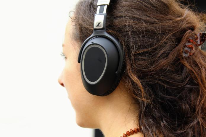 test-sennheiser-440-450-550-Wireless-010