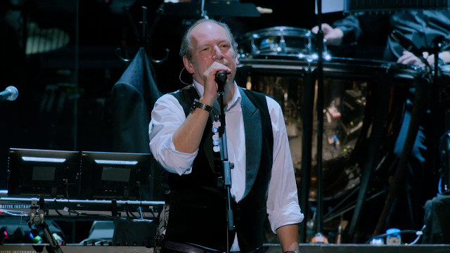 hans_zimmer_live_in_prague-02