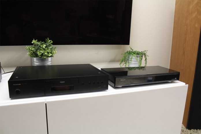 The Panasonic DP-UB9000 4K UHD Blu-ray player (on the left) and its predecessor, the Panasonic DMP-UB900 (on the right).