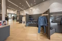 APC store LA III