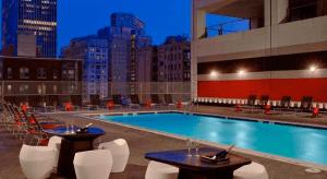 Sonesta Philadelphia Rooftop Pool