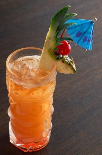 Tropical Splash Cocktail