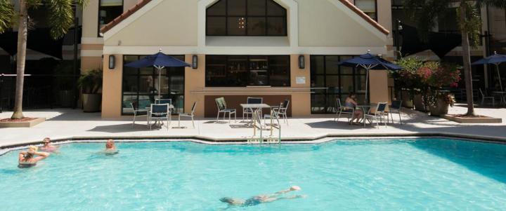 ORL-ES- Pool Sonesta ES Suites Orlando_0
