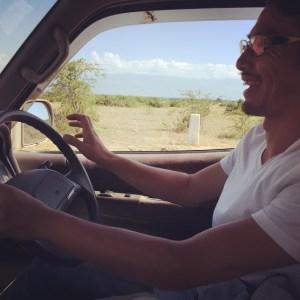 「お前運転できるか?」「できるぜ」というわけでなぜかサファリ後半の運転は僕