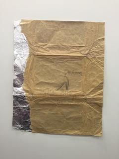Galerie Konzett bietet diese Materialcollage 'Fettschwanz' von Joseph Beuys aus 1982 für 120.000 EUR an