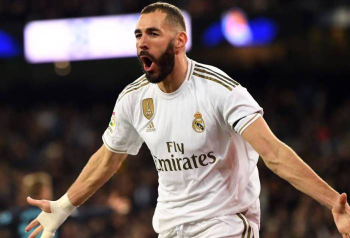 Real Madrid's Karim Benzema celebrate the goal