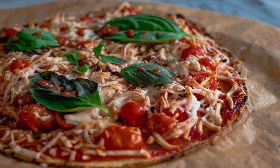 marine-collagen-cauliflower-pizza