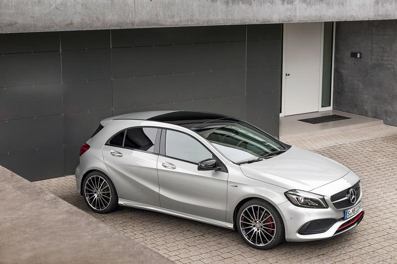 To Mercedes-Benz A Class ανήκει είναι ένα κόμπακτ αυτοκίνητο