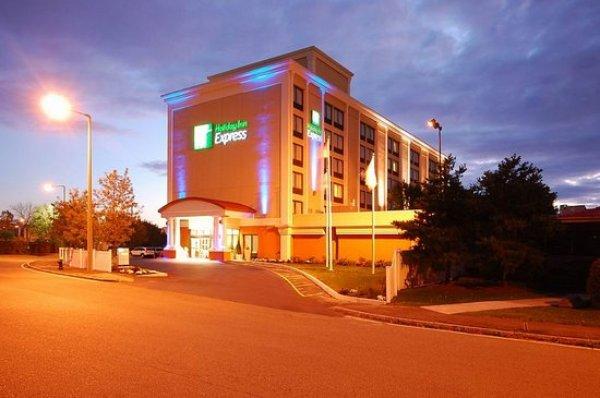 free parking boston hotel