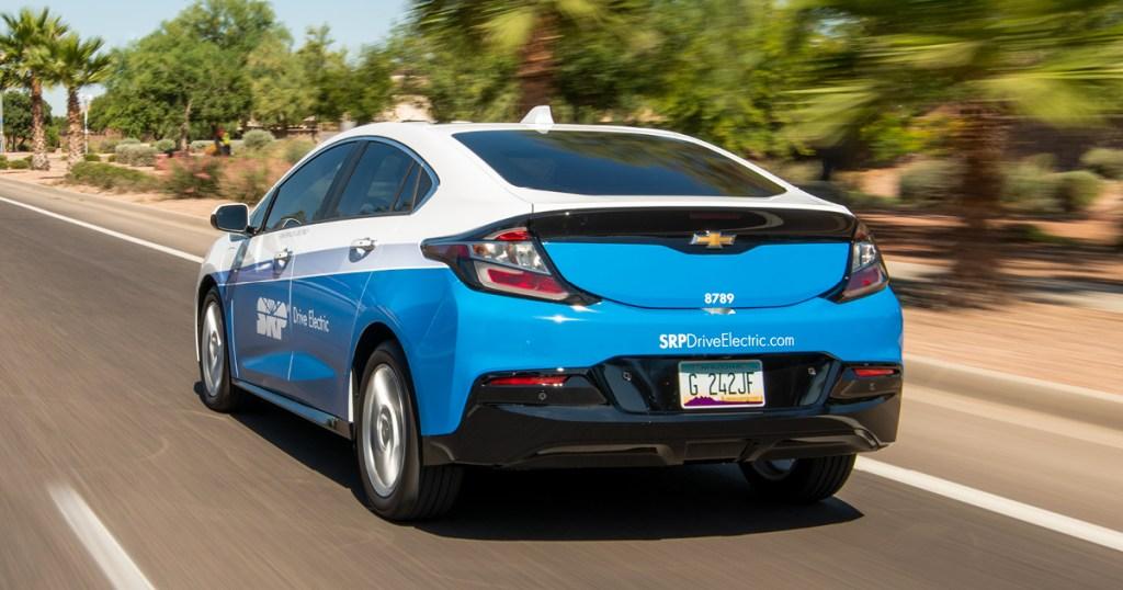 srp-plug-in-and-save-rebate-electric-vehicle-clean-energy