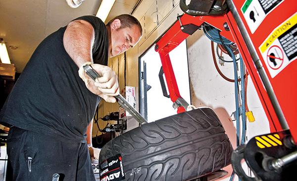 pneus-high-performance-ou-esportivos-02