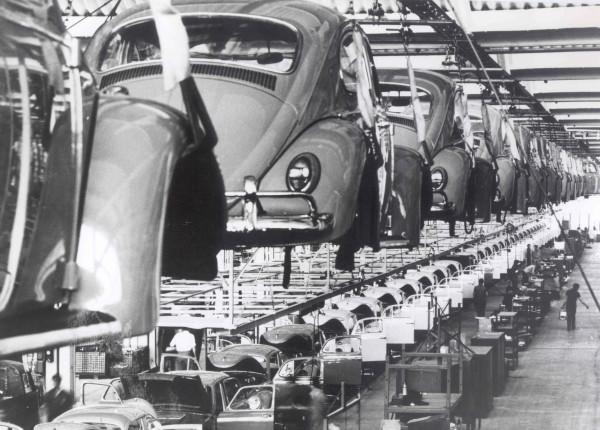 fusca-linha-producao-anos-70