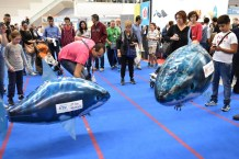 MakerFaire Rome -- 2 smart sharks