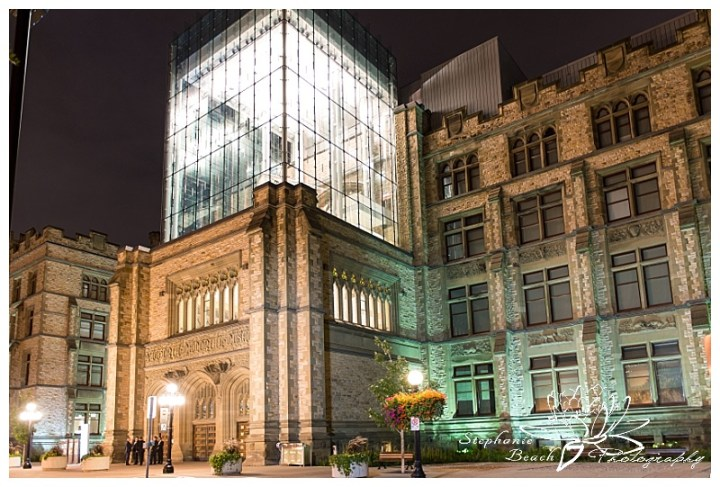 museum-of-nature-ottawa-wedding-stephanie-beach-photography-night-exterior