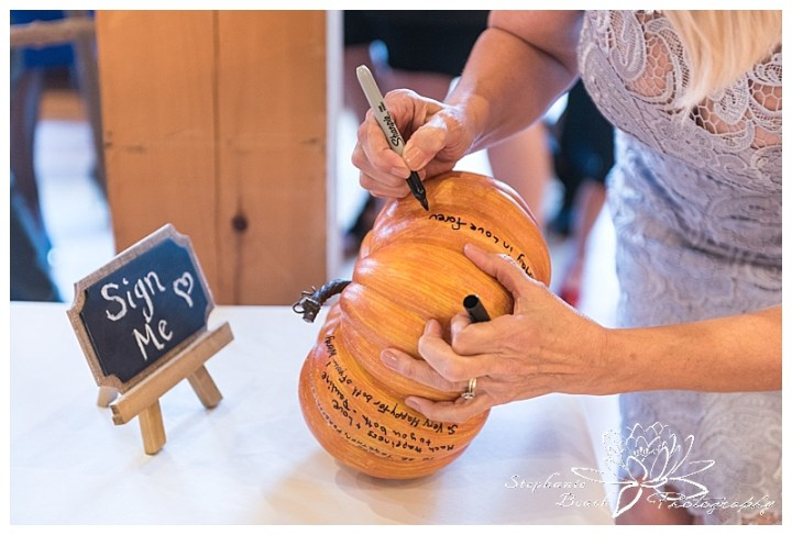 temples-sugar-bush-wedding-stephanie-beach-photography-fall-ceremony-decor
