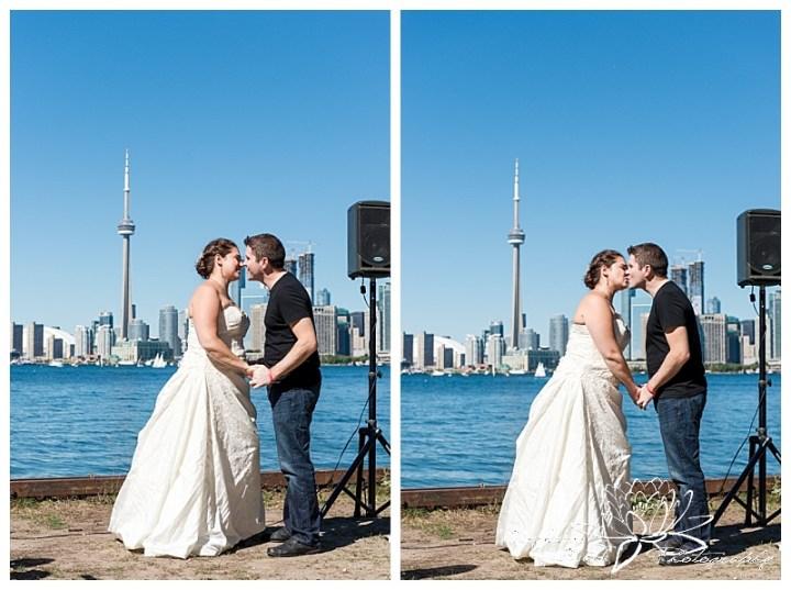 Toronto-Island-Wedding-Stephanie-Beach-Photography-bride-groom-skyline